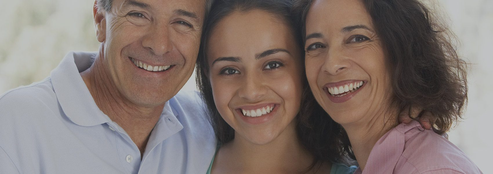 Adult Dentistry - Distinctive Dentistry